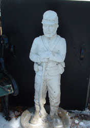 "alt=""concrete union soldier standing guard at entrance to hallauer house b & b"""