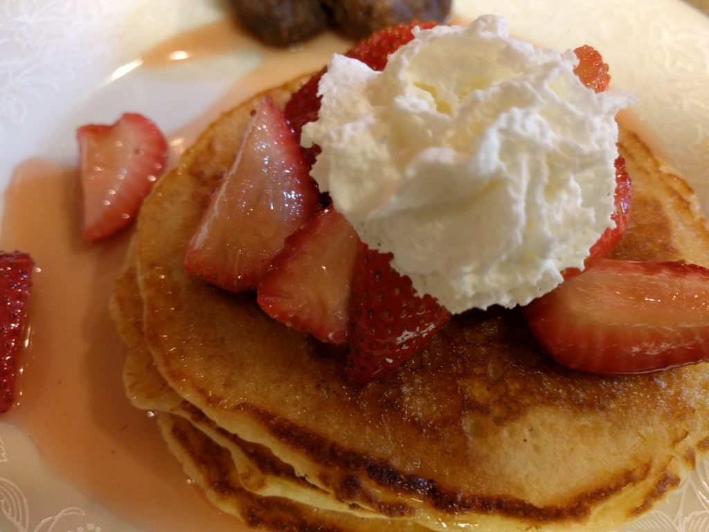 pancakes-strawberries-infused-Grand Marnier