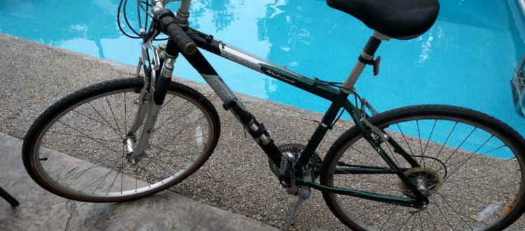 bike-by-pool