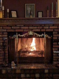"<img src=""Hallauer House fireplace"".jpg"" alt=""Hallauer House fireplace"".jpg"">"