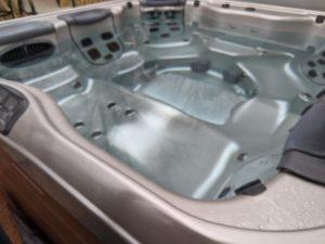 """alt:""""outdoor hot tub off"""""""