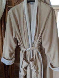 "alt:""Asian Spa robe"""